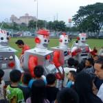 Define International - Munchy's Funbots Roadshow-5